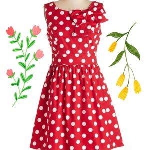 ModCloth Ixia Amazing Red Polkadot Bow Dress L